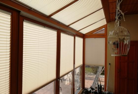 Plisé na střešní i kolmá skla zimní zahrady