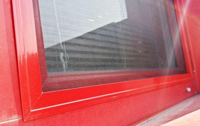 Okenní sít proti hmyzu
